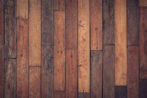 Podlahové lišty na drevenú podlahu